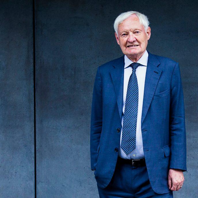 Porträt von TUM Alumnus und Nobelpreisträger Joachim Frank.