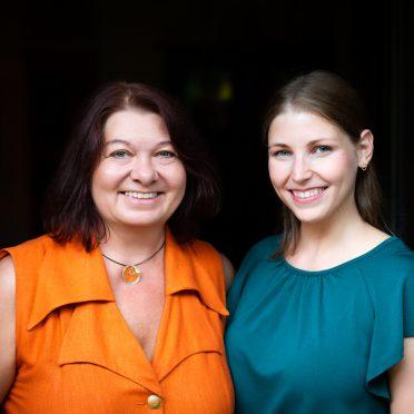 TUM Mentoring team Daniela Kramer and Tatjana Diepold (Picture: Magdalena Jooß/TUM).