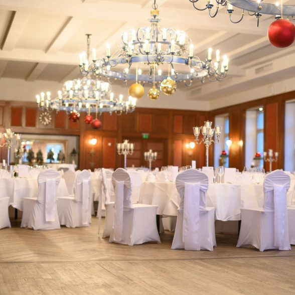 Festively decorated hall for the Alumni President's Dinner