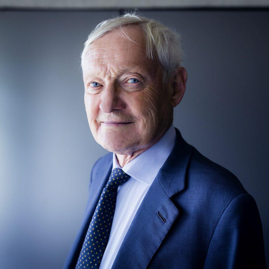 Portrait picture of TUM Alummi Joachim Frank.
