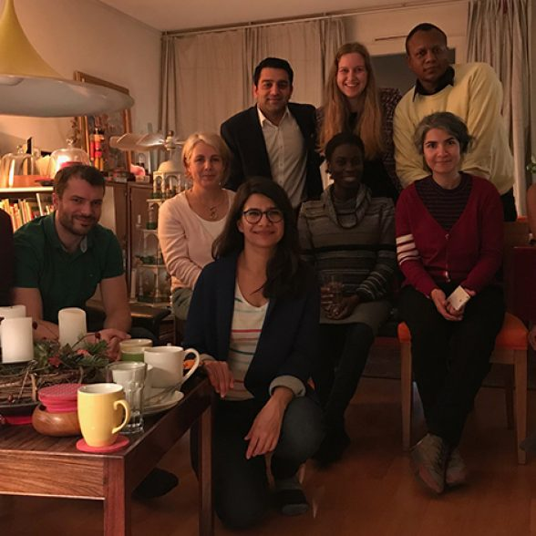 TUM Alumna Katrin Kredel together with her Mentees at their International Christmas Evening.