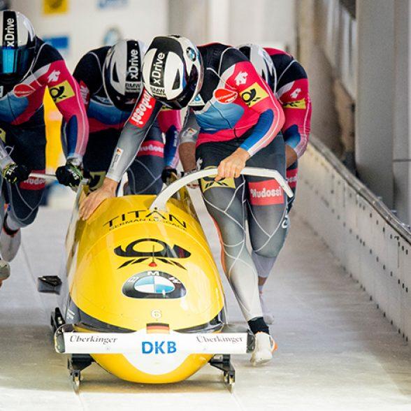 TUM aumni and World Champion Johannes Lochner in his four-man bob at Königssee.