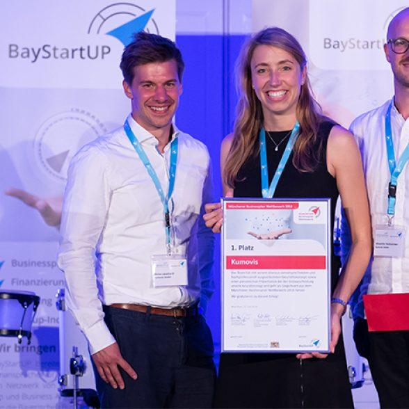 Stefan Leonhardt, Dr. Miriam Haerst and Alexander Henhammer with their award