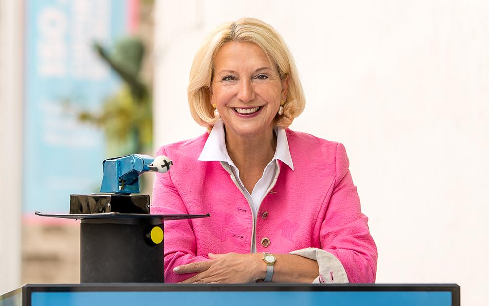 Prof. Dr. Dr. Birgit Spanner-Ulmer; Alumna der Technischen Universtaet Muenchen (TUM)