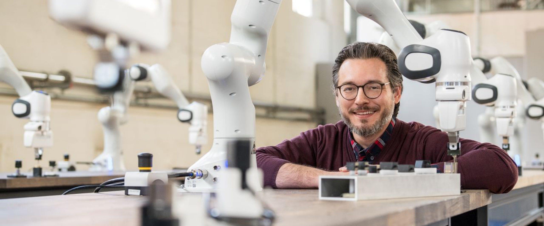 Prof. Dr. Sami Haddadin; Direktor der Munich School of Robotics and Machine Intelligence und Lehrstuhl fuer Robotik und Systemintelligenz, Technische Universitaet Muenchen (TUM)