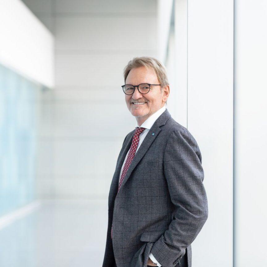 Dr. Volker Kefer