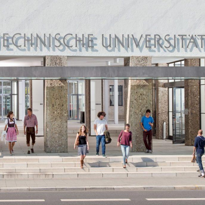 Haupteingang der TU München