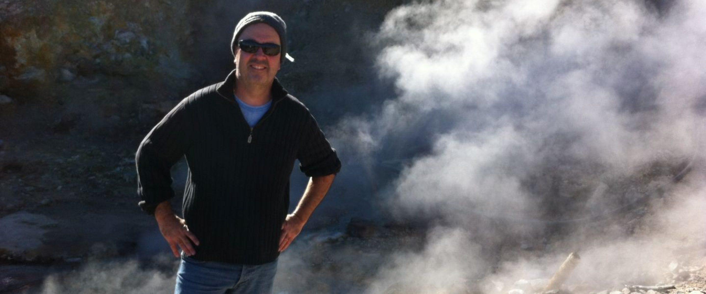 TUM Ambassador Prof. Dr. Gerhard Schenk bei einem aktuellen Projekt in den Anden von Chile