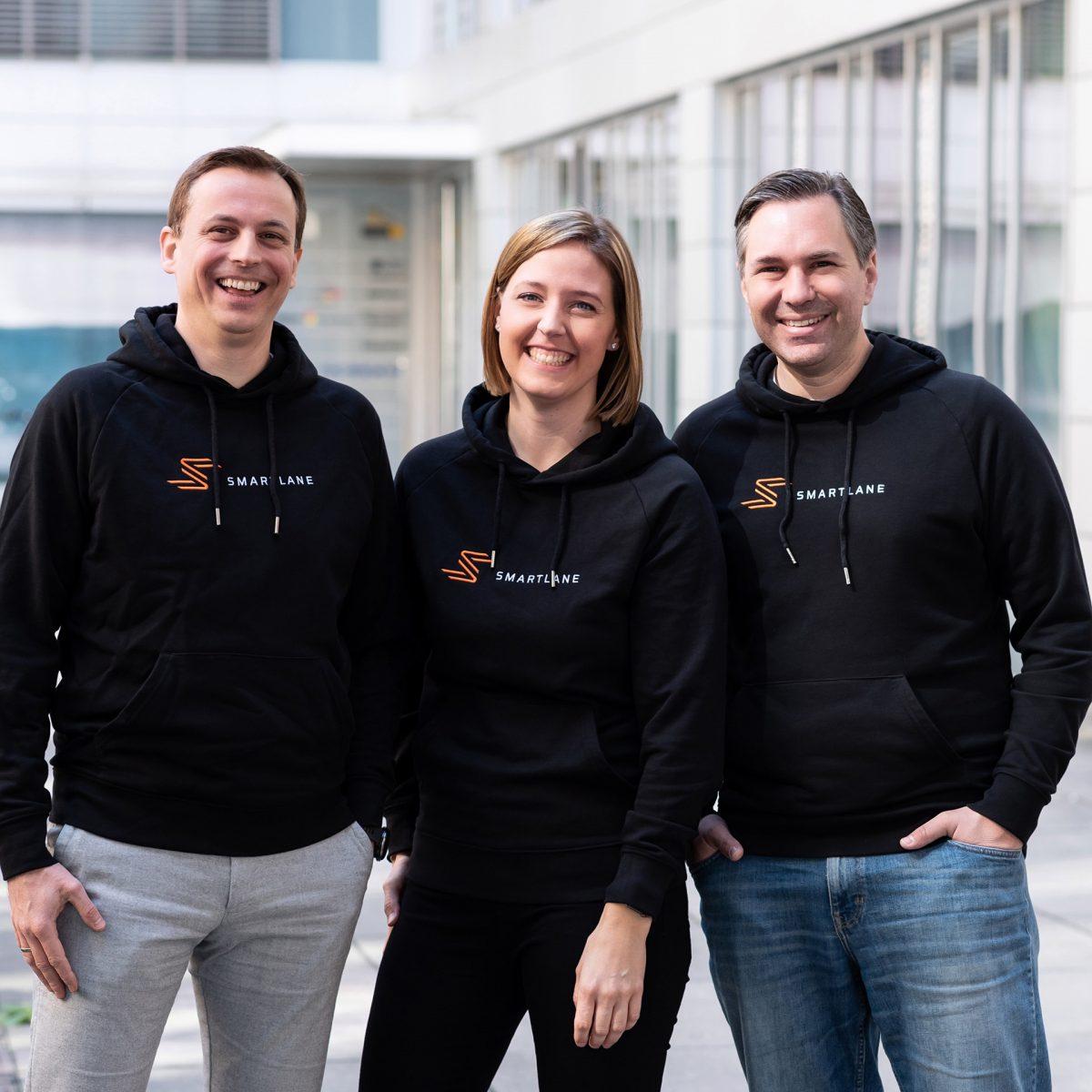 TUM Alumni Florian Schimandl, Monja Mühling und Dr. Mathias Baur.